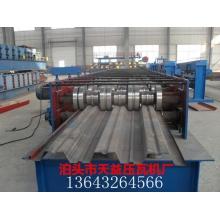 688型  720型  楼承板机生产厂家