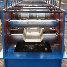中辉推荐止水槽钢板机 彩钢压瓦机设备